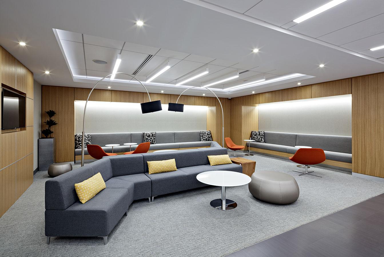 150 JFK PARKWAY lounge